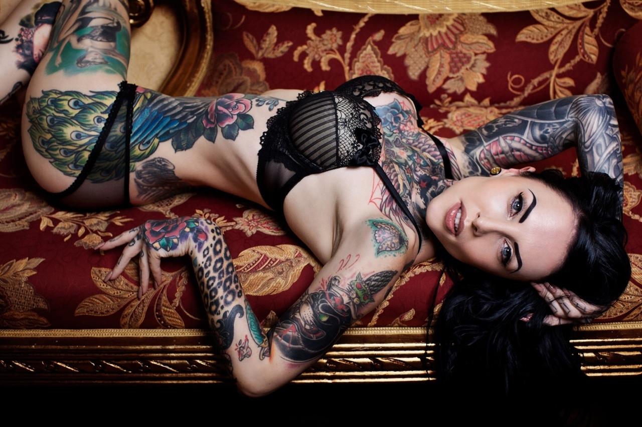 Тату у баб, Женские татуировки Интимные татуфотографий 22 фотография